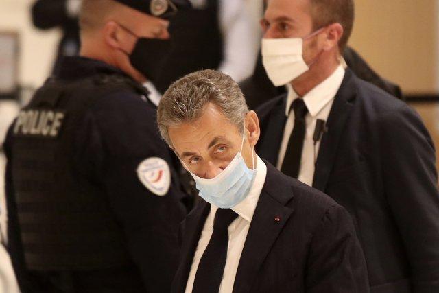 Nicolas Sarkozy přichází ksoudu. Foto:Michel Euler, ČTK/AP