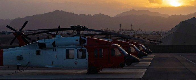 Vrtulníky Black Hawk na Sinaji. Foto: mise Multinational Force and Observers