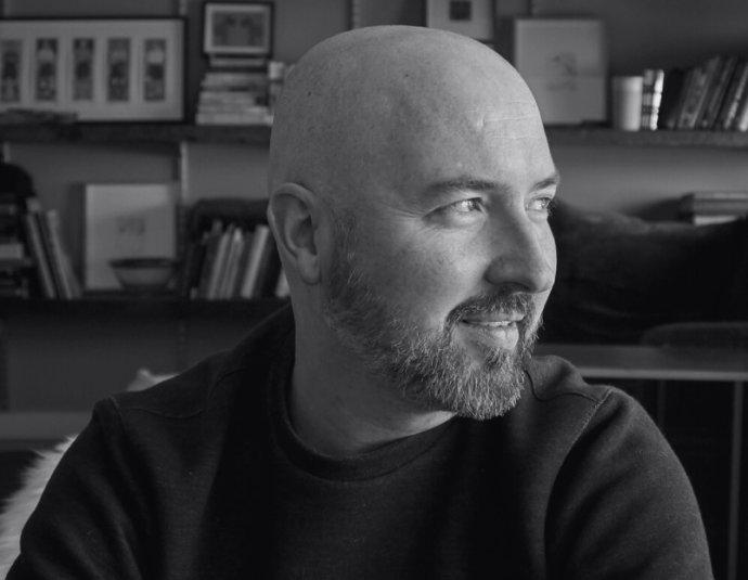 Aktuální vítěz Bookerovy ceny Douglas Stuart. Foto:douglasdstuart.com
