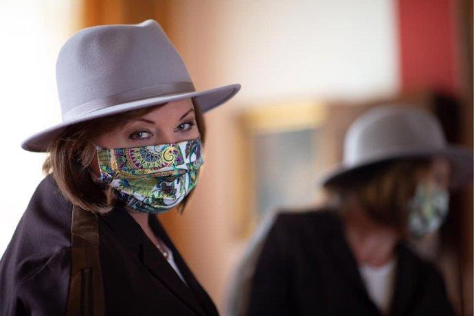 Ministryně financí Alena Schillerová se velmi kladným vztahem ksociálním sítím netají. Foto:Facebook Aleny Schillerové