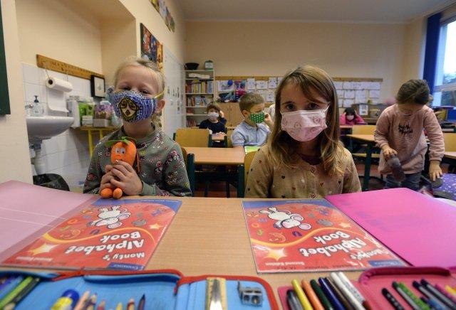Kdy se děti vrátí do škol avjakém počtu, je zatím nejisté. Ilustrační foto:ČTK