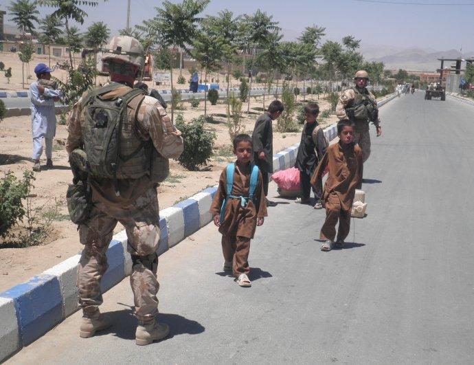 IČeši působí vAfghánistánu. Je to mise mimořádně psychicky náročná, zda ji vojáci zvládnou, záleží především na jejich velení. Foto:Paikar Paikar