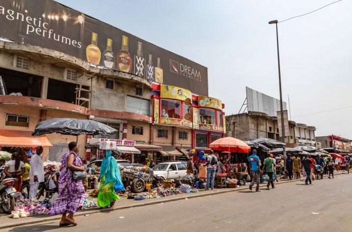 Obchod ovládá abidžanské ulice po celý rok. Foto:Unsplash