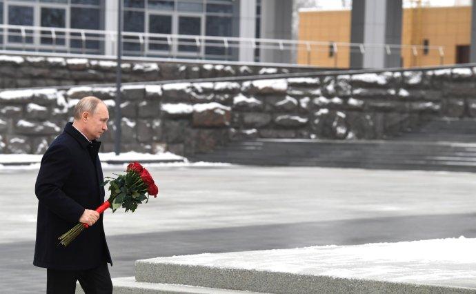 Ruský prezident Putin uctil památku ruských rozvědčíků. Foto: Kremlin.ru