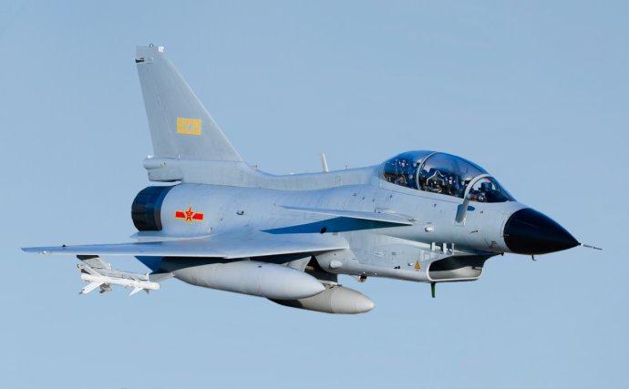 Čínský bojový letoun Čcheng-tu J-10. Foto: ruské ministerstvo obrany