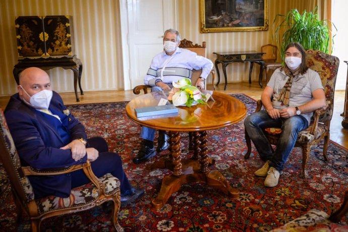 Oldřich Lichtenberg (vpravo) aMichal David na říjnové schůzce sMilošem Zemanem. Foto:Facebook Miloše Zemana