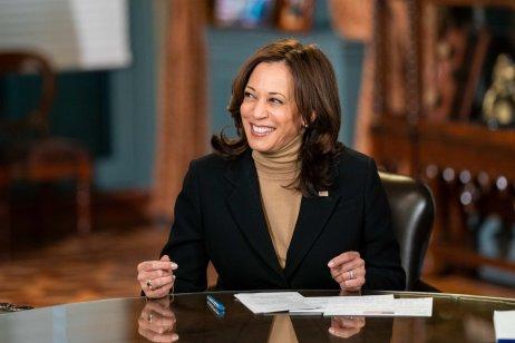 Viceprezidentka Kamala Harrisová zve senátorky obou stran na večeři vdobě, kdy demokraté potřebují podporu obou stran pro zákon oinfrastruktuře. Foto:Lawrence Jackson, Bílý dům