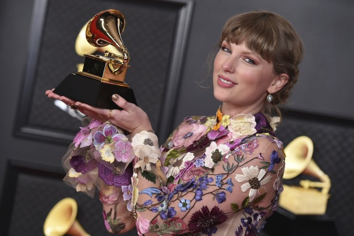 Taylor Swiftová letos získala cenu za album roku. Foto: Jordan Strauss, ČT/AP