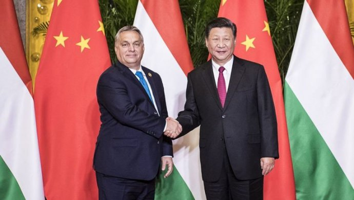 Maďarský premiér Orbán sčínským vládcem Sim vroce 2018. Foto:maďarská vláda
