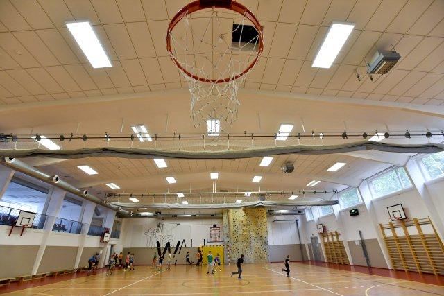 Sportovní hala základní školy Juventa v Milovicích na Nymbursku. Foto: ČTK/Šimánek Vít