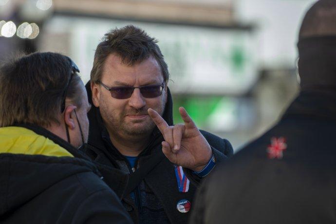 Poslanec Volný na sebe v neděli upozorňoval i na demonstraci proti vládním opatřením. Foto: ČTK