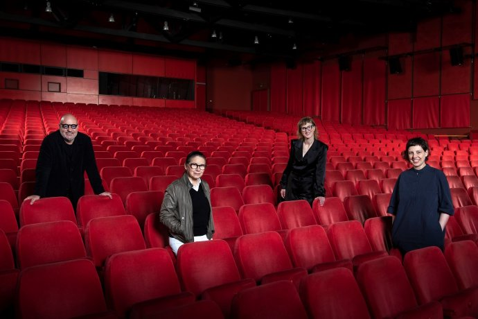 """Tak vypadá porota i """"nabitý"""" kinosál letošního Berlinale. Foto: Berlinale"""
