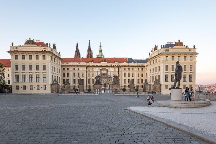 Hlavní vstup do areálu Pražského hradu. Foto: Tilman2007