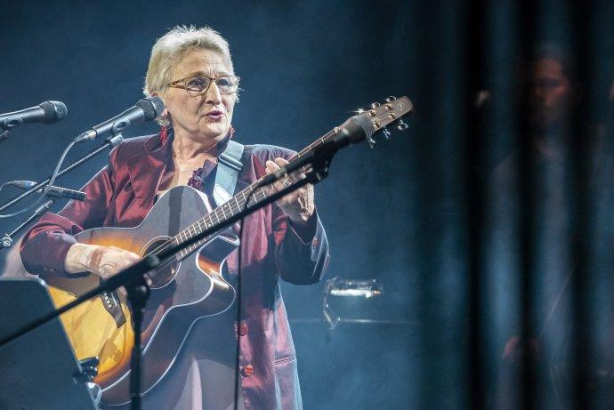 Legenda s kytarou. Foto: Petra Hajská