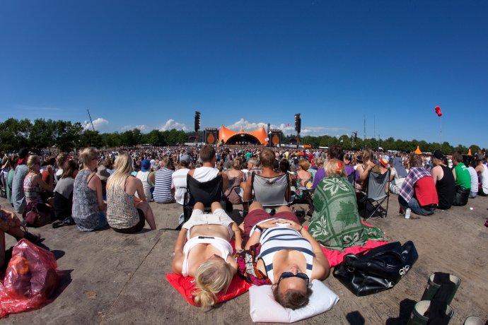 Roskilde. Modré nebe nad hlavou adobrá hudba ve mně. Foto:Per Lange