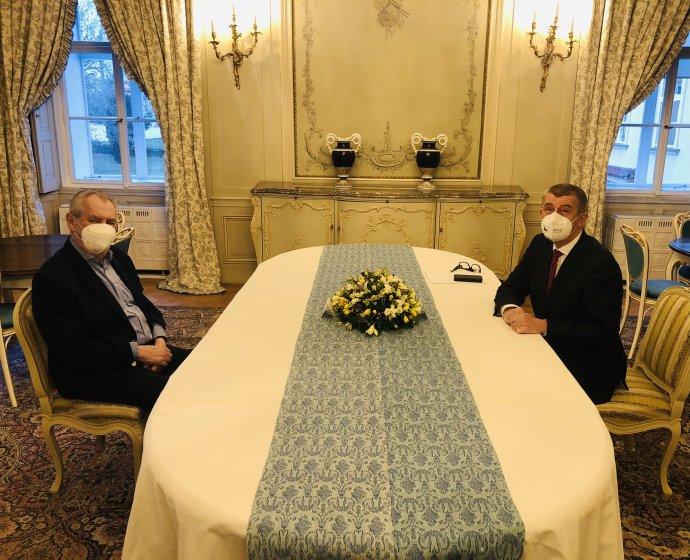 Březnové setkání prezidenta Miloše Zemana spremiérem Andrejem Babišem. Foto:Twitter Jiřího Ovčáčka