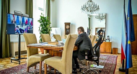 Předseda vlády Andrej Babiš během videokonferenčního jednání V426.dubna 2021. Foto:Úřad vlády