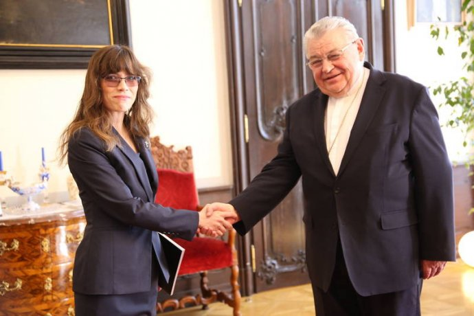 Kardinál Duka po loňském jednání s Hanou Lipovskou. Foto: Archiv Dominika Duky
