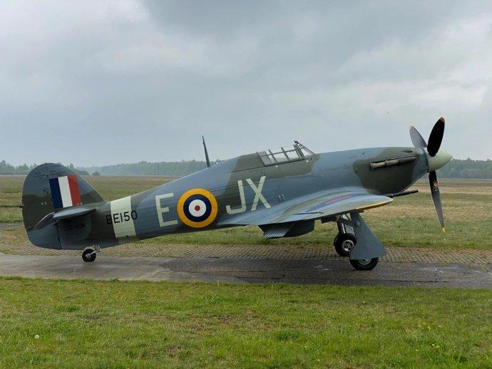 Stíhací letoun Hawker Hurricane v denním zbarvení verze Mk.IIc Karla Kuttelwaschera. Foto: Letecké muzeum Točná