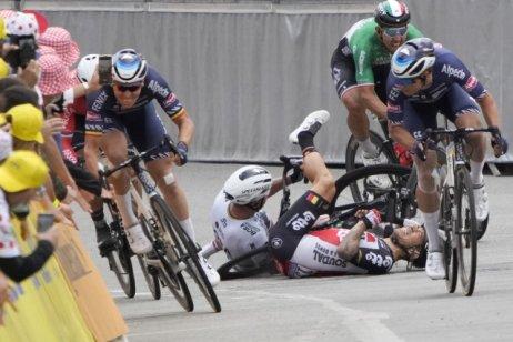 Slovenský cyklista Peter Sagan utrpěl ve třetí etapě Tour de France zranění. Foto: ČTK/AP