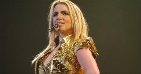 Britney Spears zůstává po včerejším rozhodnutí soudu nadále v područí svého otce. Ten jí znemožňuje se vdát, mít děti, rozhodovat o svých financích či ji nutí vystupovat proti její vůli. Foto: Wikimedia Commons