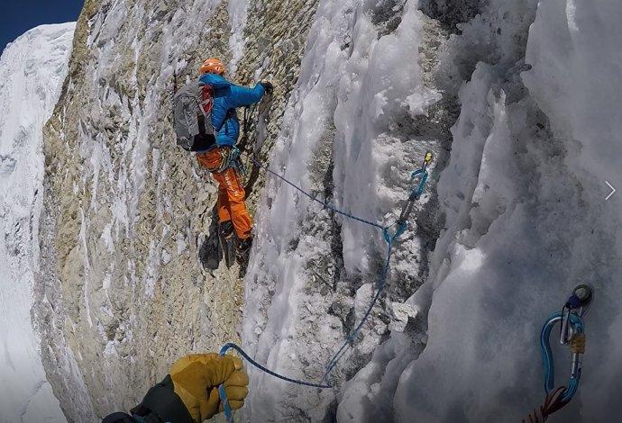 Kamerové záběry z výstupu na Baruntse. Zdroj: Marek Holeček