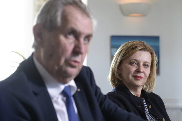 Miloš Zeman a Ivana Červenková při prezidentově návštěvě ve Vídni 4. dubna 2019. Foto: Kateřina Šulová, ČTK