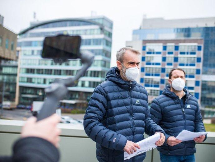 Dlouholetý spolupracovník Roberta Šlachty Tomáš Sochr (vpravo). Jeho role vnově vzniklém hnutí Přísaha je zásadnější, než se zdá. Foto:Facebookový profil Roberta Šlachty