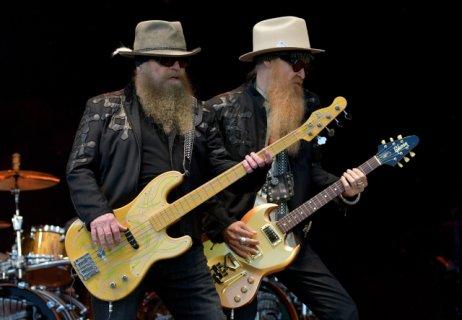 Zleva baskytarista Dusty Hill akytarista Billy Gibbons. Foto:ČTK, DPA