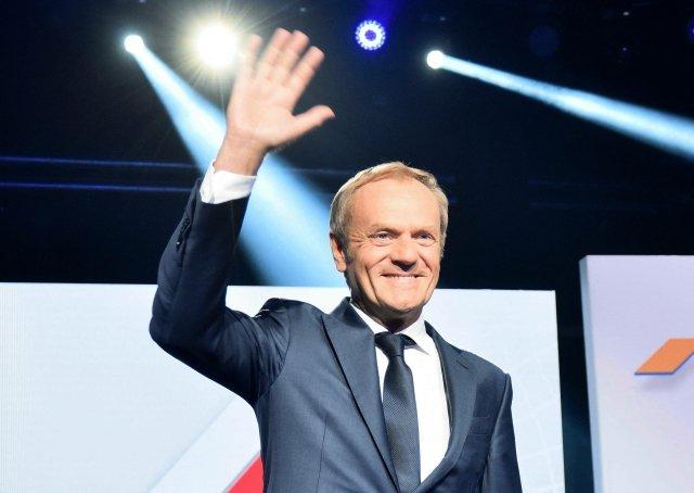 Donald Tusk zakládal Občanskou platformu abyl sní úspěšný. Teď se vrací do jejího čela, aby sjednotil opozici aporazil Kaczyńského PiS. Foto: ČTK/ ABACA/ Burzykowski Damian