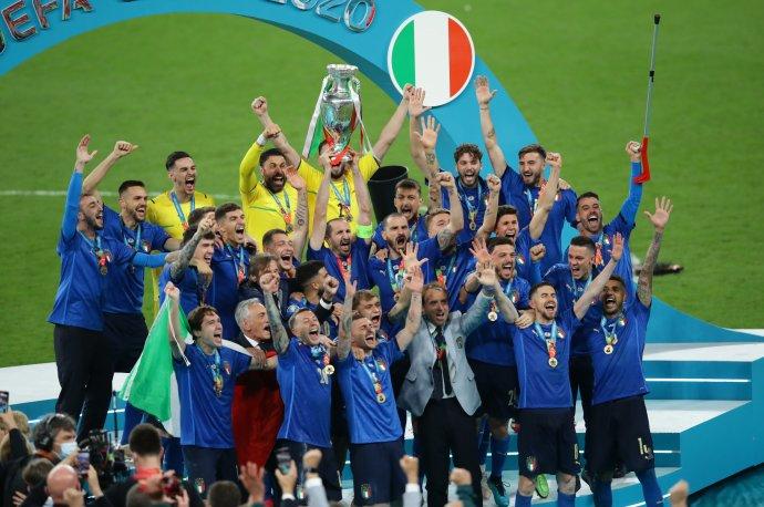 Italská radost ve Wembley. Foto:ČTK/PA