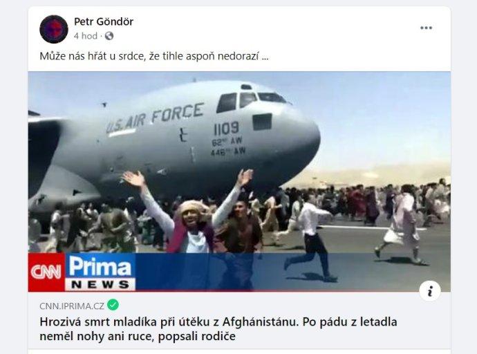 Status kandidáta Trikolóry Petra Göndöra oslavující smrt dvou Afghánců na útěku před Tálibánem. Zdroj: Facebookový profil Petra Göndöra