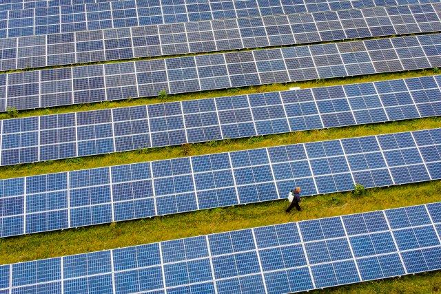 Solární elektrárny dál mohou počítat s podporou státu. Ilustrační foto: ČTK