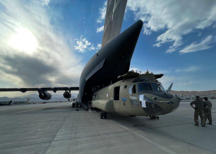 Stažení amerických vojsk proběhlo po dvacetiletém působení USA vAfghánistánu. Foto: U.S. Central Command Public Affairs / Xinhua / ČTK