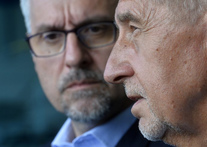 Premiér Andrej Babiš o víkendu kritizoval ministra obrany Lubomíra Metnara. Foto: ČTK