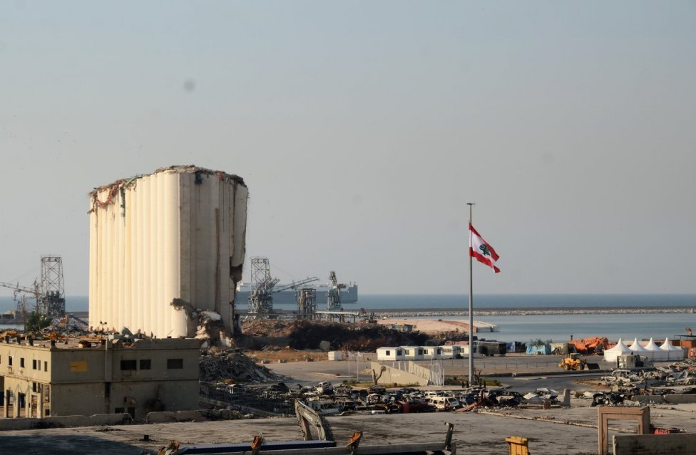 Silo vbejrútském přístavu, které část výbuchu ztlumilo. Foto:Mirek Tóda, DenníkN