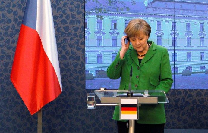 Německá kancléřka Merkelová na Úřadu vlády vPraze upremiéra Nečase 3.4. 2012. Foto:Petr Josek, Reuters