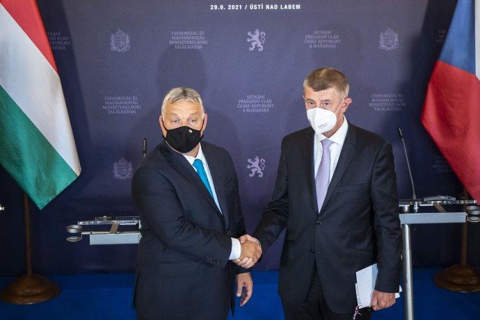 Maďarského premiéra Viktora Orbána a předsedu české vlády Andreje Babiše (ANO) pojí dlouhodobě dobré vztahy. Foto: Gabriel Kuchta, Deník N