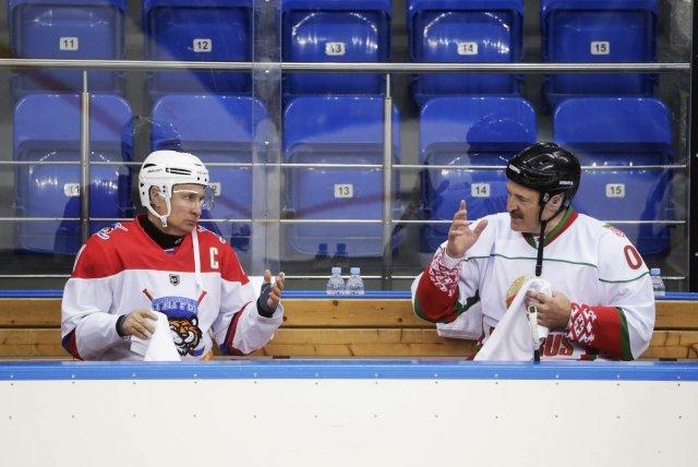 Alexandra Lukašenka sVladimirem Putinem spojuje mimo jiné iláska khokeji. Foto:ČTK/ imago stock&people/ Mikhail Metzel