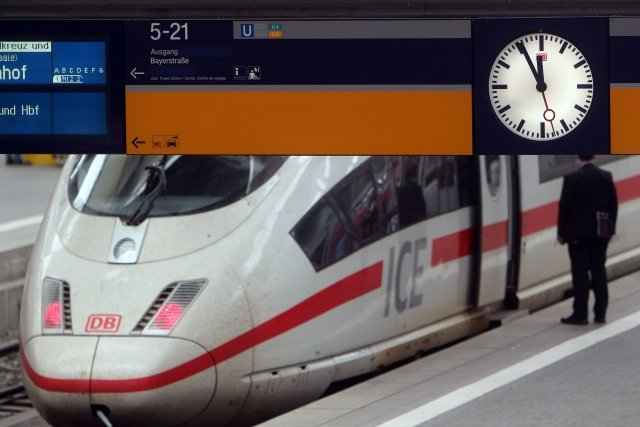 Na rychlé vlaky jako v Německu si Češi ještě počkají. Foto: ČTK