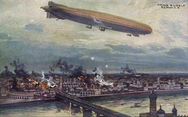 Německá vzducholoď Schütte Lanz bombardující vroce 1914 Varšavu. Pouhých šest let poté, co H.G.Wells napsal svoji katastrofickou vizi budoucích válek vedených ze vzduchu. Repro: Wiki Commons