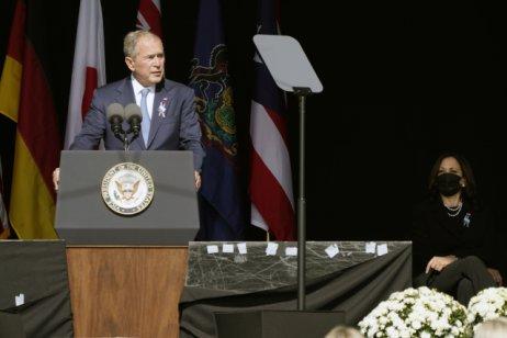 Bývalý prezident USA George W. Bush během pietní akce. Foto: ČTK/AP