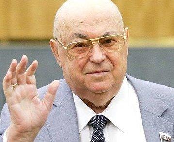 Ruský poslanec Vladimir Resin se vpolitice pohybuje už 60let. Aještě nemá dost. Foto:duma.gov.ru CC BY 4.0