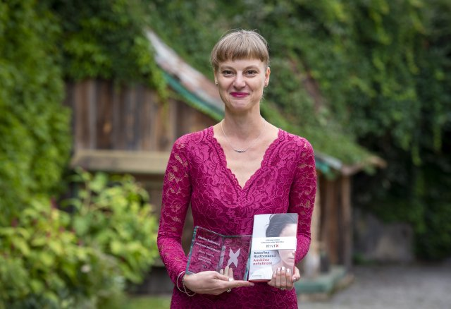 Kateřina Rudčenková s cenou časopisu Reflex. Foto: ČTK