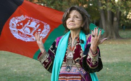 """Paní Hossaii žije vČeské republice 38let. """"Silný muž vedle sebe potřebuje silnou ženu,"""" říká Paštunka zjihoafghánského Kandaháru. Foto: Ludvík Hradilek"""
