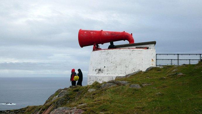 Navigační přístroje jako nautofony amajáky byly postavené, aby pomohly mocnostem obeplout svět. Foto:John Lucas, CC BY-SA 2.0