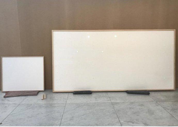 Kde nic, tu nic. Tak vypadá umělecké dílo Sbal prachy a zmiz. Repro: Jens Haaning