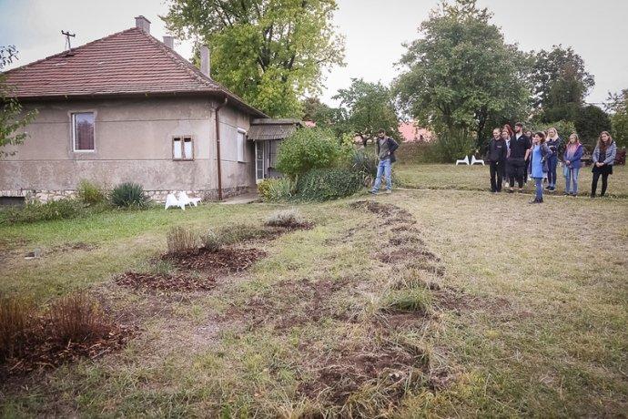 Centrum Élmény Tár Tanoda sídlí vbývalých rodinných domcích. Foto:Anna-Marie Hanzlíková